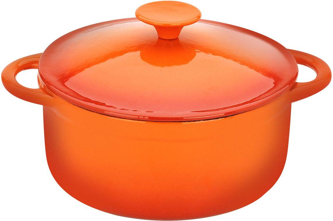 Кастрюля Vitesse Аriel, цвет: оранжевый, 5,4 лVS-1582Кастрюля Vitesse Ariel идеально подходит для приготовления вкусных тушеных блюд. Кастрюляизготовлена из традиционного чугуна. Толстое дно хорошо проводит тепло, а чугунная крышка сохраняет ароматы. Эмалированная внешняя поверхность оранжевого цвета придает кастрюле нотки благородности и изысканности. Известно, что пища, приготовленная в чугунной посуде, сохраняет свои вкусовые качества, и благодаря экологической чистоте материала, не может нанести вред здоровью человека. Долговечность - еще одно преимущество чугунной посуды. Приобретая чугунную кастрюлю Ariel, вы можете быть уверены, что она прослужит вашей семье достаточно долгий срок. Кастрюля подходит для всех типов плит. В комплекте к кастрюле дополнительно прилагаются две прихватки! Характеристики:Материал: чугун, текстиль. Объем:5,4 л. Диаметр кастрюли:24 см. Высота стенки кастрюли: 11 см. Размер прихватки:23 см х 14 см. Размер упаковки:26 см х 25 см х 13,5 см.Изготовитель:Китай. Артикул:VS-1582.Кухонная посуда марки Vitesseпредоставит Вам все необходимое для получения удовольствия от приготовления пищи и принесет радость от его результатов. Посуда Vitesseобладает выдающимися функциональными свойствами. Легкие в уходе кастрюли и сковородки имеют плотно закрывающиеся крышки, которые дают возможность готовить с малым количеством воды и экономией энергии, и идеально подходят для всех видов плит: газовых, электрических, стеклокерамических и индукционных. Конструкция дна посуды гарантирует быстрое поглощение тепла, его равномерное распределение и сохранение. Великолепно отполированная поверхность, а также многочисленные конструктивные новшества, заложенные во все изделия Vitesse , позволит Вам открыть новые горизонты приготовления уже знакомых блюд. Для производства посуды Vitesseиспользуются только высококачественные материалы, которые соответствуют международным стандартам.