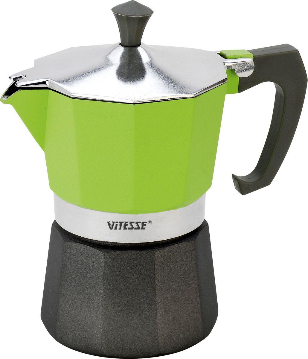 Кофеварка-эспрессо Vitesse на 3 чашки, цвет: зеленыйVS-2604-greenТеперь и дома вы сможете насладиться великолепным эспрессо благодаря кофеварке Vitesse, которая позволит вам приготовить ароматный напиток на 3 персоны. Новый стильный дизайн компактной кофеварки станет ярким элементом интерьера вашего дома!Корпус кофеварки изготовлен из высококачественного алюминия, ручка - жаропрочная бакелитовая. Кофеварка состоит из двух соединенных между собой емкостей. В нижнюю емкость наливается вода, в эту же емкость устанавливается фильтр-сифон, в который засыпается кофе. К нижней емкости прикручивается верхняя емкость, после чего кофеварка ставится на электроплитку, и через несколько минут кофе начинает брызгать в верхний контейнер и осаждаться. Кофе получается крепкий и насыщенный.Инструкция по эксплуатации кофеварки прилагается. Можно мыть в посудомоечной машине. Характеристики:Материал:высококачественный алюминий, пластик. Высота кофеварки:15,5 см. Диаметр кофеварки по верхнему краю:8,5 см. Диаметр основания:9 см.Рабочий объем: 105 мл.Размер упаковки:16,5 см х 13,5 см х 10 см.Изготовитель:Китай. Артикул:VS-2604. Посуда Vitesse обладает выдающимися функциональными свойствами. Легкие в уходе кастрюли и сковородки имеют плотно закрывающиеся крышки, которые дают возможность готовить с малым количеством воды и экономией энергии, и идеально подходят для всех видов плит: газовых, электрических, стеклокерамических и индукционных. Конструкция дна посуды гарантирует быстрое поглощение тепла, его равномерное распределение и сохранение. Великолепно отполированная поверхность, а также многочисленные конструктивные новшества, заложенные во все изделия Vitesse, позволит Вам открыть новые горизонты приготовления уже знакомых блюд. Для производства посуды Vitesseиспользуются только высококачественные материалы, которые соответствуют международным стандартам.