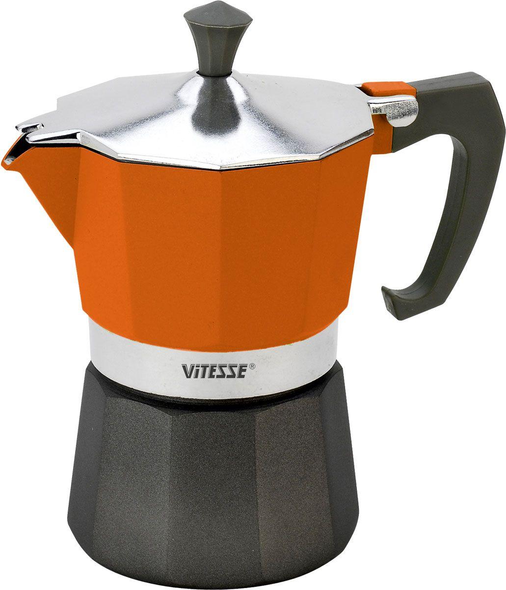 Кофеварка-эспрессо Vitesse на 3 чашки, цвет: оранжевыйVS-2604-orangeКофеварка-эспрессо Vitesse позволит вам приготовить ароматный напиток на 3 персоны. Корпус кофеварки изготовлен из высококачественного алюминия. Кофеварка состоит из двух соединенных между собой емкостей и снабжена алюминиевым фильтром-перколятором, который сохраняет аромат кофе. Удобная ручка выполнена из жаропрочного бакелита с противоскользящим покрытием. Принцип работы такой кофеварки состоит в том, что кофе заваривается путем многократного прохождения горячей воды или пара через слой молотого кофе. В нижнюю емкость наливается вода, в эту же емкость устанавливается фильтр, в который засыпается кофе. К нижней емкости прикручивается верхняя емкость, после чего кофеварка ставится на электрическую плиту, и через несколько минут кофе начинает брызгать в верхний контейнер и осаждаться. Кофе получается крепкий и насыщенный. Характеристики:Материал: алюминий, бакелит. Высота (с учетом крышки): 16 см. Диаметр основания:8 см. Рабочий объем: 105 мл. Цвет:оранжевый. Размер упаковки: 13,5 см х 16,5 см х 10 см. Изготовитель:Китай. Артикул: VS-2604.