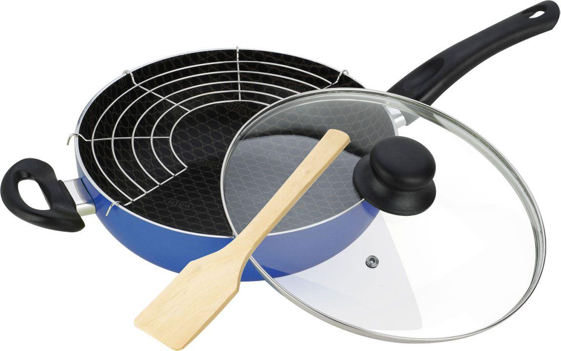 Сковорода-вок Vitesse с крышкой, с антипригарным покрытием, с решеткой-барбекю и лопаткой, цвет: синий. Диаметр 28 смVS-7408-blueСковорода-вок Vitesse изготовлена из высококачественного алюминия с внутренним антипригарным покрытием. Благодаря покрытию пища не пригорает и не прилипает к поверхности сковороды, что позволяет готовить с минимальным количеством масла. Внешнее силиконовое покрытие обеспечивает легкую очистку после использования. Утолщенное алюминиевое дно обеспечивает равномерное распределение тепла по поверхности. Сковорода-вок снабжена удобными высокопрочными, огнестойкими ручками из бакелита, которые не нагреваются в процессе приготовления пищи. Крышка, изготовленная из стекла позволяет следить за процессом приготовления пищи без потери тепла. Она снабжена специальным отверстием для выпуска пара и металлическим ободом.Сковорода-вок предназначена для быстрого обжаривания большого количества ингредиентов одновременно. Благодаря быстрому обжариванию продукты получаются более ароматными, овощи остаются хрустящими. Эта сковорода особой формы идеально подходят для жарки на раскаленном масле и приготовления блюд азиатской кухни. Можно использовать для приготовления плова, густого супа, рагу. В комплекте - стальная решетка-барбекю и деревянная лопатка.Сковорода-вок подходит для использования на всех типах кухонных плит, включая индукционные. Также изделие можно мыть в посудомоечной машине.Высота стенки: 8,5 см.Толщина стенки: 3 мм.Толщина дна: 5 мм.Длина ручки: 18 см.Диаметр индукционного диска: 13,3 см.Размер решетки-барбекю: 28 см х 14 см.Размер лопатки: 25,5 см х 6 см х 0,5 см.
