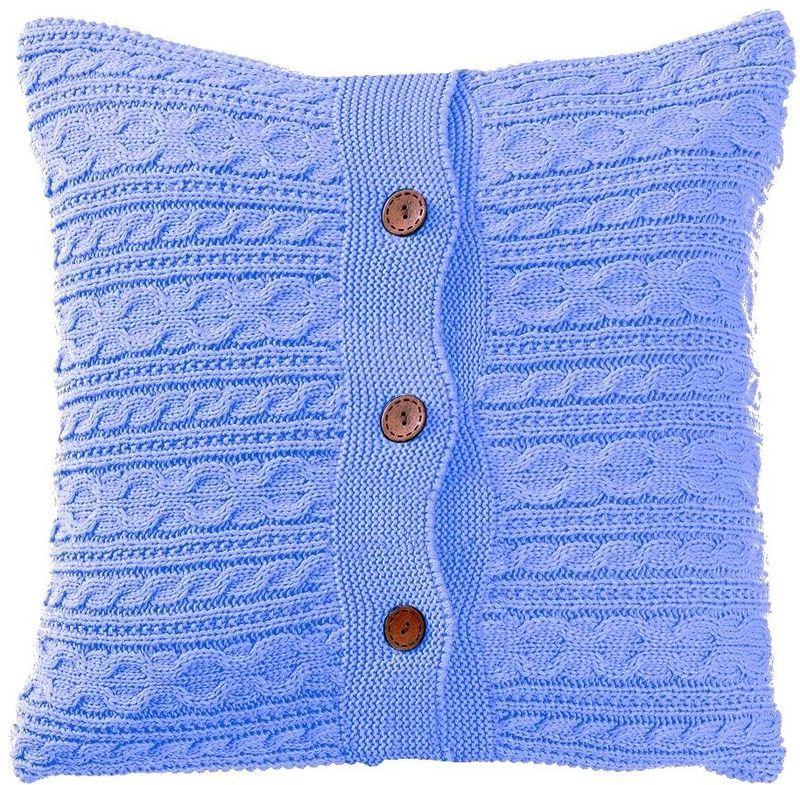 Наволочка декоративная Altali Blue, 45 х 45 см02-V048/1Наволочка декоративная Altali выполнена из акрила. Вязаная подушка в доме - признак уюта и стиля. В отличие от тканевой подушки вязаные изделия более эластичные и структурные. Рисунок вязки гармонично впишется в любой интерьер. Чехол съемный, на пуговицах. Его можно стирать в деликатном режиме, сушить на горизонтальной поверхности.