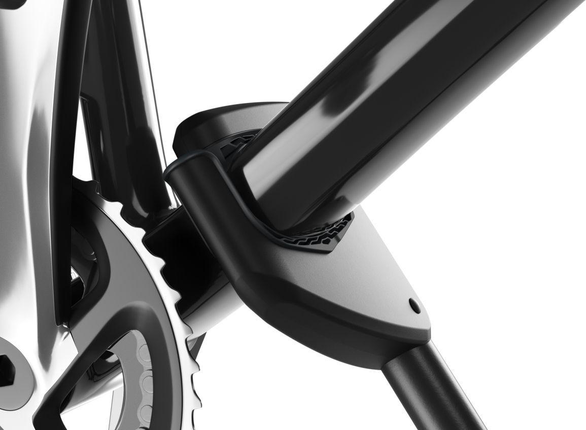 """Thule """"ProRide"""" - вертикальный велосипедный багажник для максимально быстрой и удобной установки велосипедов весом до 20 кг.Особенности:- Автоматическая установка велосипеда в момент фиксации благодаря уникальному дизайну держателя рамы и подставок для колес.- Легкая и быстрая фиксация велосипеда - шкала ограничителя крутящего момента контролирует применяемую к раме силу при помощи очевидного признака правильной установки.- Давление равномерно распределяется по большим мягким держателям, которые адаптируются к трубкам рамы велосипеда, сводя к минимуму риск ее повреждения.- Надежная установка - удлиненная нижняя часть зажима не даст велосипеду упасть.- Устойчивые колеса - надежно зафиксированные в интеллектуальных держателях колес с быстросъемными диагональными ремнями для фиксации колес.- Удобный интерфейс для переноса багажника с одной стороны автомобиля на другую без помощи инструментов.- В комплект включены переходники T-Track (20 x 20 мм) для монтажа багажника велосипеда прямо на Т-образные пазы рейлингов багажника автомобиля.Грузоподъемность: 20 кг.Размеры: 145 x 32 x 8,5 см.- Вес: 4,2 кг.- Совместимые размеры круглых рам: 22-80 мм.Совместимые максимальные размеры овальных рам: 80 x 100 мм.- Совместимые максимальные размеры колес: 3"""".  Гид по велоаксессуарам. Статья OZON Гид"""