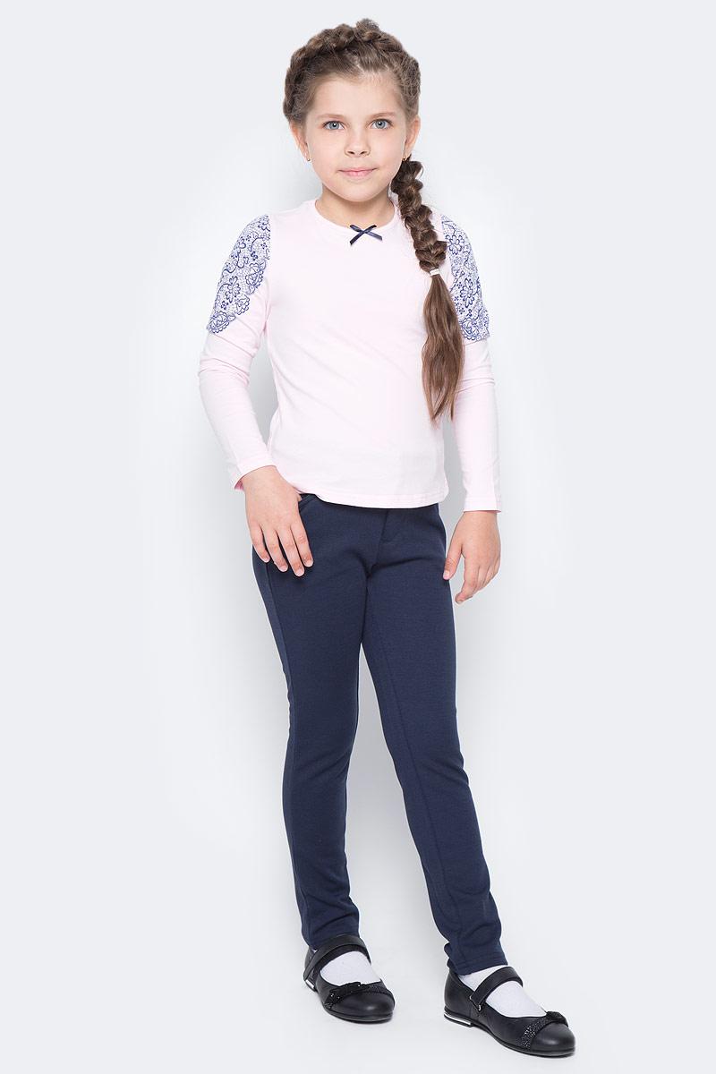 Блузка для девочки Nota Bene, цвет: светло-розовый. CJR27033B57. Размер 146CJR27033A57/CJR27033B57Блузка для девочки Nota Bene выполнена из хлопкового трикотажа. Модель с длинными рукавами и круглым вырезом горловины оформлена принтом в виде кружева. Блузка декорирована атласным бантиком.