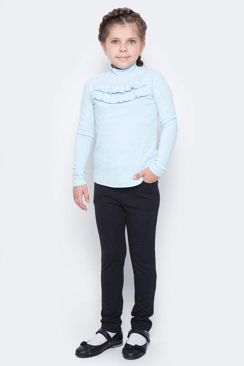 Водолазка для девочки Nota Bene, цвет: голубой. CJR27035A10. Размер 128CJR27035A10Водолазка для девочки Nota Bene выполнена из хлопкового трикотажа. Модель с длинными рукавами и воротником-стойкой на груди декорирована рюшами.