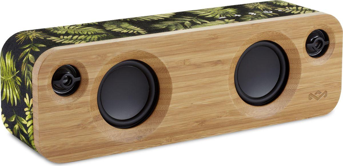 House of Marley Get Together Mini, Palm портативная акустическая системаEM-JA013-PMGet Together Mini - это стильная портативная акустическая Bluetooth система с премиальным звуком. Дизайнерская акустика выглядит эффектно за счет микса экологически чистых материалов: передняя и задняя панели выполнены из бамбука, а по периметру корпус обтянут прочной фирменной тканью Rewind. Два встроенных низкочастотных динамика и два высокочастотных динамика выдают исключительно высокое качество звучания. Пассивный радиатор добавляет глубины нижним частотам. Литий-ионный аккумулятор позволяет наслаждаться качественным звуком до 10ч без подзарядки и ко всему прочему, заряжать ваши мобильные устройства с помощью USB-порта. Встроенный микрофон позволяет использовать колонку в качестве устройства громкой связи. А при желании, 2 колонки Get Together Mini возможно объединенить в пару. Функциональные особенности: 2 НЧ динамика + 2 ВЧ динамика + пассивный излучатель. Встроенный микрофон. Выход на наушники. С помощью USB порта возможно заряжать мобильные устройства. Возможность объединения двух колонок Get Together Mini в пару. Материал корпуса: Бамбук, фирменная ткань Rewind.