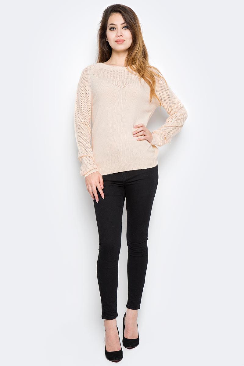 Джемпер женский Sela, цвет: нежно-персиковый. JR-114/2067-7380. Размер XS (42)JR-114/2067-7380Оригинальный женский джемпер Sela станет отличным дополнением к гардеробу каждой модницы. Модель прямого кроя с длинными рукавами-реглан изготовлена из качественного трикотажа фактурной вязки. Круглый вырез горловины, манжеты рукавов и низ изделия связаны резинкой. Модель подойдет для прогулок и дружеских встреч, будет отлично сочетаться с джинсами и брюками, а также гармонично смотреться с юбками. Мягкая смесовая ткань хорошо тянется и приятна на ощупь.
