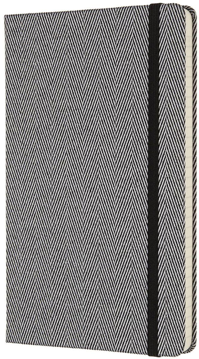 Moleskine Записная книжка Blend Large 96 листов в линейку цвет черный430774Ограниченная серия Blend отличается от привычных записных книжек Moleskine. Обложка записной книжки данной серии выполнена не из привычного картона или эко-кожи, а из крепкой ткани с фактурным плетением. Внутренний блок бумаги в линейку без полей. На первой страничке для заполнения: личные данные владельца. А также неповторимые черты записной книжки: прошитый нитками переплет; практичные скругленные углы; не желтеющие со временем страницы; быстро впитывающая чернила бумага; вместительный внутренний кармашек, закладка-ляссе, эластичная застежка-резинка.