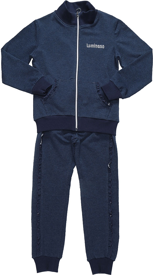 Спортивный костюм для девочки Luminoso, цвет: темно-синий. 728266. Размер 122728266Спортивный костюм для девочки Luminoso состоит из куртки и брюк. Изделия выполнены из эластичного хлопка. Куртка имеет длинные рукава, воротник-стойку и застежку на молнию. Спереди расположены два кармана-кенгуру. Брюки имеют широкую резинку на талии и шнурок для регулировки посадки, а также боковые втачные карманы. Манжеты рукавов, воротник, низ куртки и брючины отделаны эластичной резинкой. Карманы куртки и брюки дополнены рюшами.