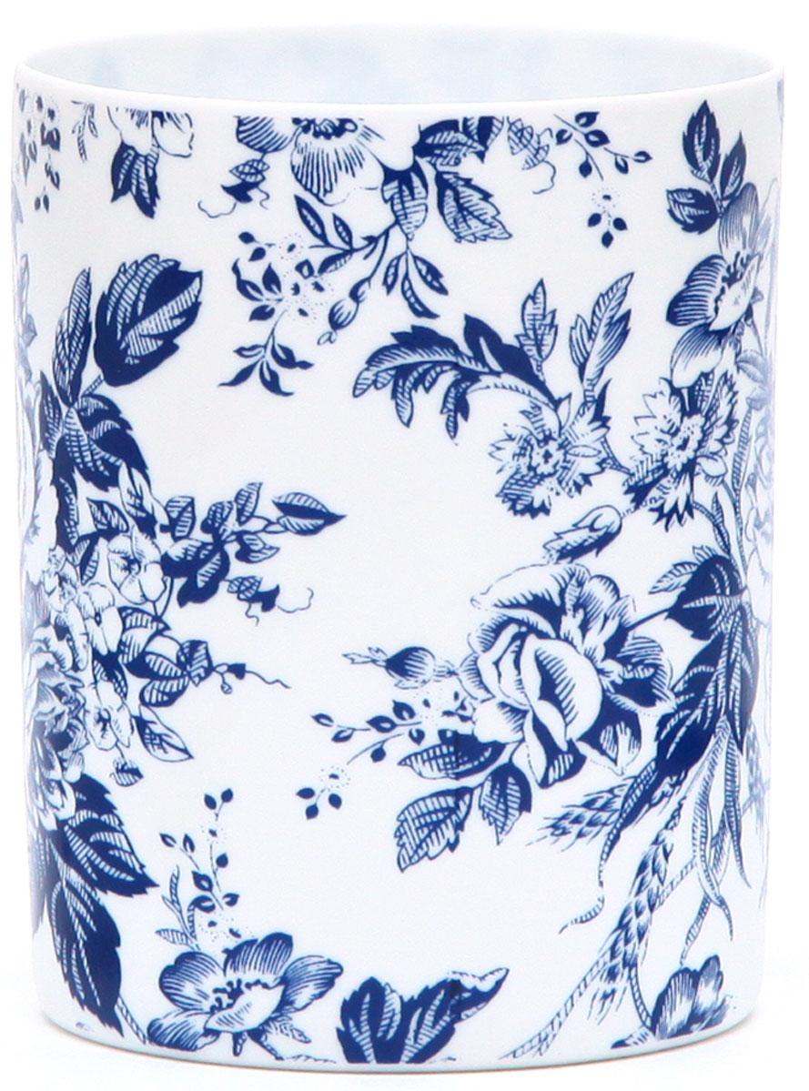 Подсвечник Proffi Роза, цвет: белый, синий, высота 7,8 смPH7685Подсвечник Proffi Роза, выполненный из фарфора, украсит интерьер вашего дома или офиса. Оригинальный дизайн и красочное исполнение создадут праздничное настроение.Вы можете поставить подсвечник в любом месте, где он будет удачно смотреться, и радовать глаз. Кроме того - это отличный вариант подарка для ваших близких и друзей.Диаметр: 6 см.Высота: 7,8 см.