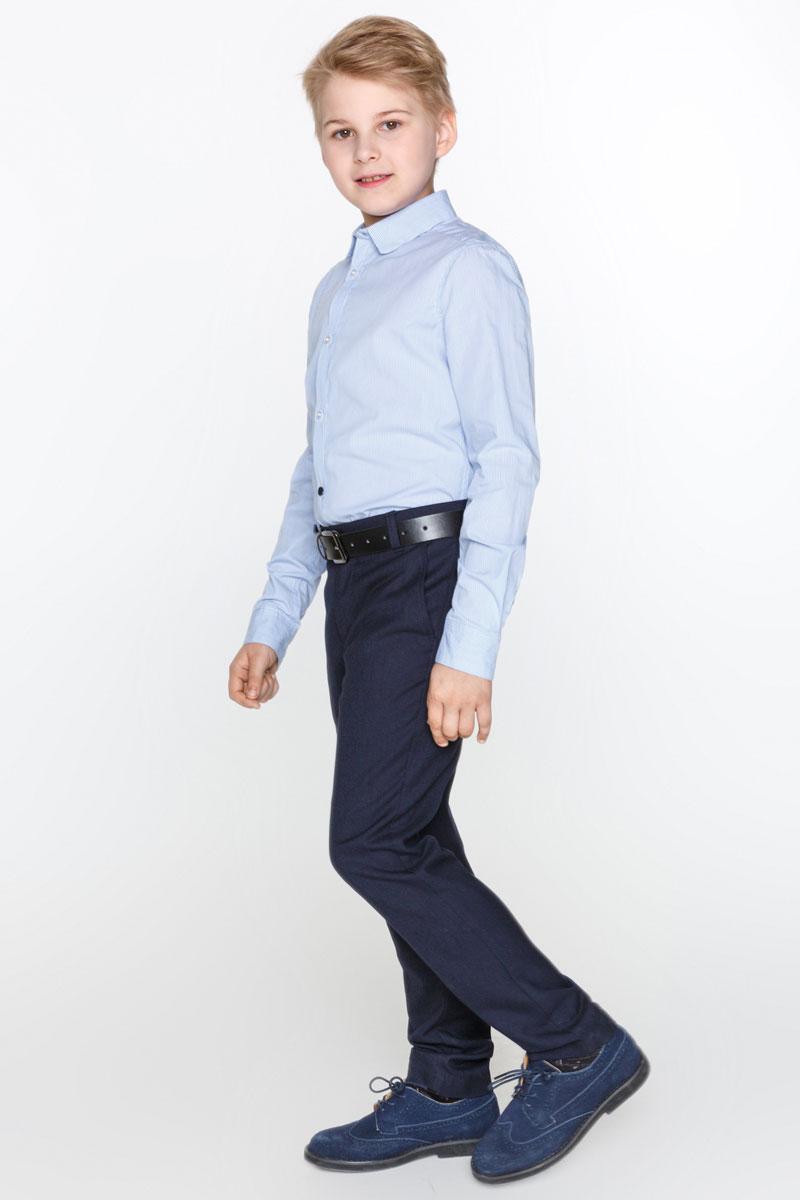 Рубашка для мальчика Acoola Cadmium, цвет: голубой. 20100280009_400. Размер 13420100280009_400Стильная рубашка для мальчика Acoola Cadmium изготовлена из хлопковой ткани в мелкую полоску. Модель классического кроя с длинными рукавами и отложным воротничком застегивается спереди на пуговицы. Манжеты рукавов также дополнены пуговицами. Мягкая ткань на основе хлопка приятна на ощупь и комфортна в носке. Такая рубашка поможет создать модный школьный образ и станет отличным дополнением к повседневному гардеробу юного мужчины.