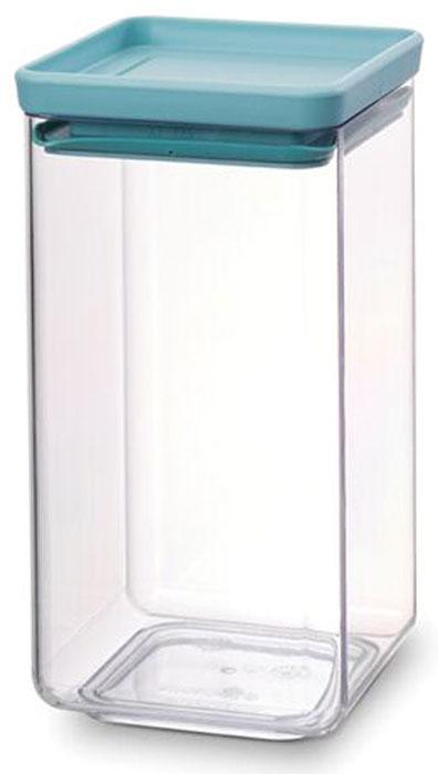 Контейнер для сыпучих продуктов Brabantia Tasty Colors, 1,6 л. 290084290084Занимает мало места – контейнеры имеют прямоугольную форму и составляются один на другой. Продукты надолго сохраняют свежесть и аромат – силиконовый уплотнитель. Хорошо видно содержимое и его количество. Легко моется – можно мыть в посудомоечной машине. Прочный и абсолютно прозрачный – изготовлен из пластика. Входит в коллекцию «Tasty Colours».