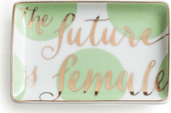 Поднос декоративный Rosanna The Future Is Female96174Поднос Rosanna, изготовленный из настоящего фарфора в изысканных расцветках, станет незаменимым предметом для сервировки стола и не оставит ни одну хозяйку равнодушной. Не рекомендуется использовать в микроволновой печи во избежание появления трещин.