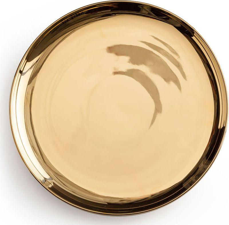 Тарелка Rosanna Gold96551Чтобы сделать настроение по-настоящему праздничным, сервируйте стол посудой из коллекции Lets Party. Ваша вечеринка станет стильной и более торжественной! Все предметы коллекции сделаны из настоящего фарфора, украшенного золотом, и каждый имеет свою неповторимую форму. Упаковка тоже имеет индивидуальный дизайн, поэтому такая посуда будет идеальным подарком.Не рекомендуется использовать в микроволновой печи во избежание появления трещин.
