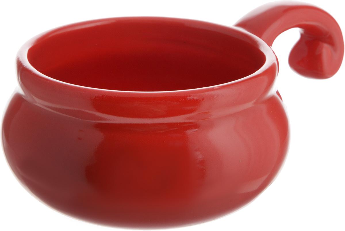 Жюльенница-кокотница Elan Gallery, цвет: красный, 260 мл110769Жюльенница-кокотница Elan Gallery, изготовленная из жаропрочной керамики, предназначена для приготовления и подачи небольших порций мясных или овощных блюд, а также соусов, закусок и десертов. Керамическая посуда не только быстро нагревается, но и сохраняет тепло дольше, чем посуда издругих материалов. Используйте это преимущество посуды и подавайте блюда к столу прямо в тех же емкостях, в которых вы их приготовили - блюда будут долго оставаться горячими.Высота: 5,5 см.Диаметр (по верхнему краю): 9 см.Толщина дна: 4 мм.Толщина стенок: 4 мм.