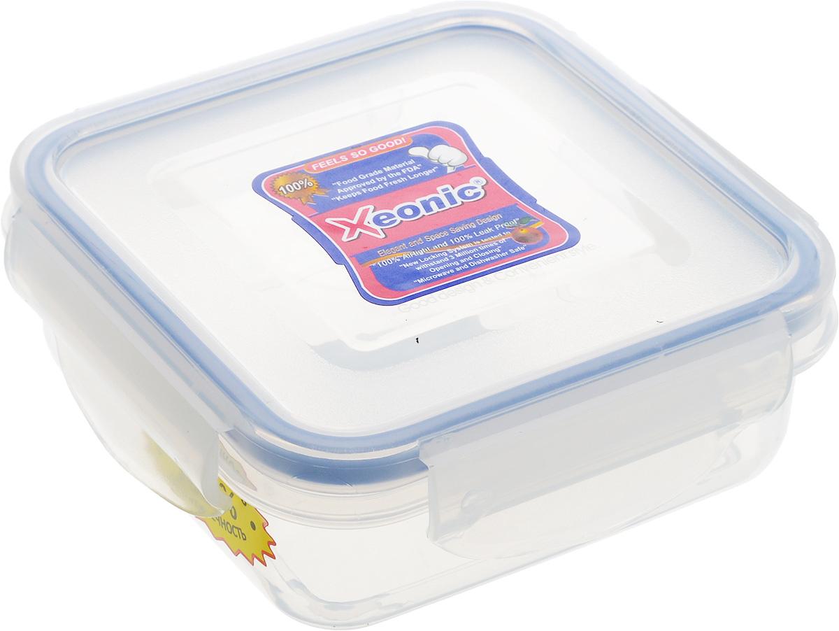 Контейнер Xeonic, цвет: прозрачный, синий, 270 мл810038Пластиковые герметичные контейнеры для хранения продуктов Xeonic произведены из высококачественных материалов, имеют 100% герметичность, термоустойчивы, могут быть использованы в микроволновой печи и в морозильной камере, устойчивы к воздействию масел и жиров, не впитывают запах. Удобны в использовании, долговечны, легко открываются и закрываются, не занимают много места, можно мыть в посудомоечной машине. Размер: 10 см х 10 см х 3,5 см.