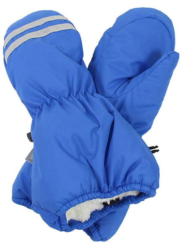 Варежки детские Huppa Roy, цвет: голубой. 8110BASE-60035. Размер 38110BASE-60035Детские варежки Huppa Roy, изготовленные из высококачественного полиэстера, станут идеальным вариантом для холодной зимней погоды. Первоклассный мембранный материал с теплой подкладкой Coral-fleece, а также наполнитель из полиэстера надежно сохранят тепло и не дадут ручкам вашего малыша замерзнуть.Варежки дополнены удлиненными манжетами, которые помогут предотвратить попадание снега и влаги. На запястьях варежки собраны на эластичные резинки, что обеспечивает комфортную и надежную посадку. Варежки дополнены длинной эластичной резинкой.