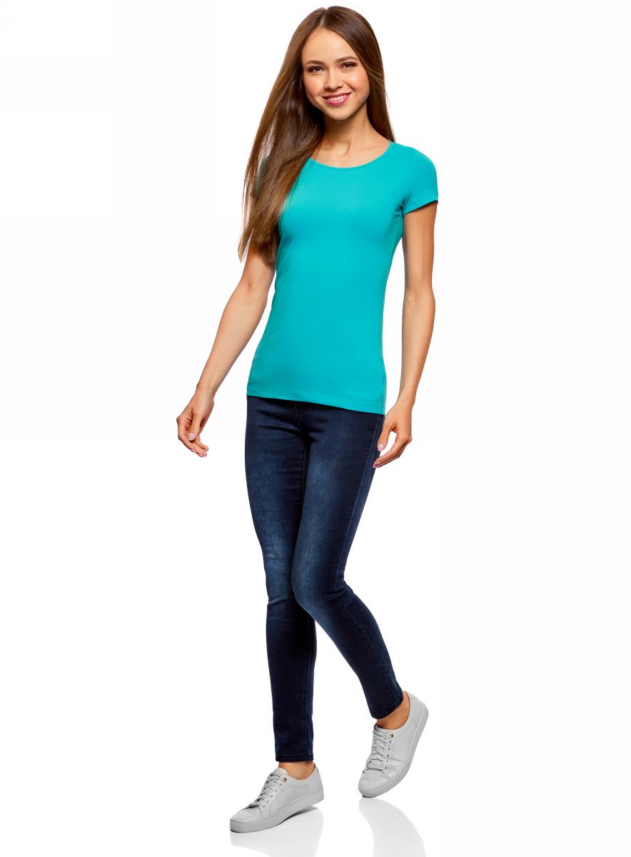 Футболка женская oodji Ultra, цвет: бирюзовый, 2 шт. 14701005T2/46147/7300N. Размер S (44)14701005T2/46147/7300NКомплект из двух базовых футболок. Футболки приталенного силуэта красиво смотрятся на любой фигуре. Ткань из хлопка с небольшим добавлением эластана дышит, тянется, комфортна для тела, после стирок хорошо держит форму. В такой футболке ваши движения не стеснены. Набор из двух базовых футболок – практичное решение для тех, кто ценит удобство.