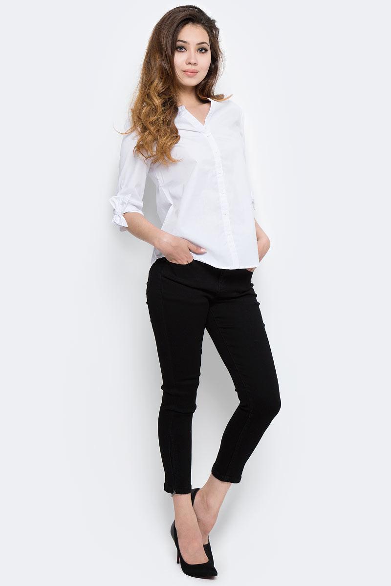 Блузка женская Sela, цвет: белый. B-112/1301-7350. Размер 48B-112/1301-7350Стильная женская блузка от Sela выполнена из высококачественного материала. Модель с V-образным вырезом горловины и рукавами 3/4 застегивается на пуговицы.
