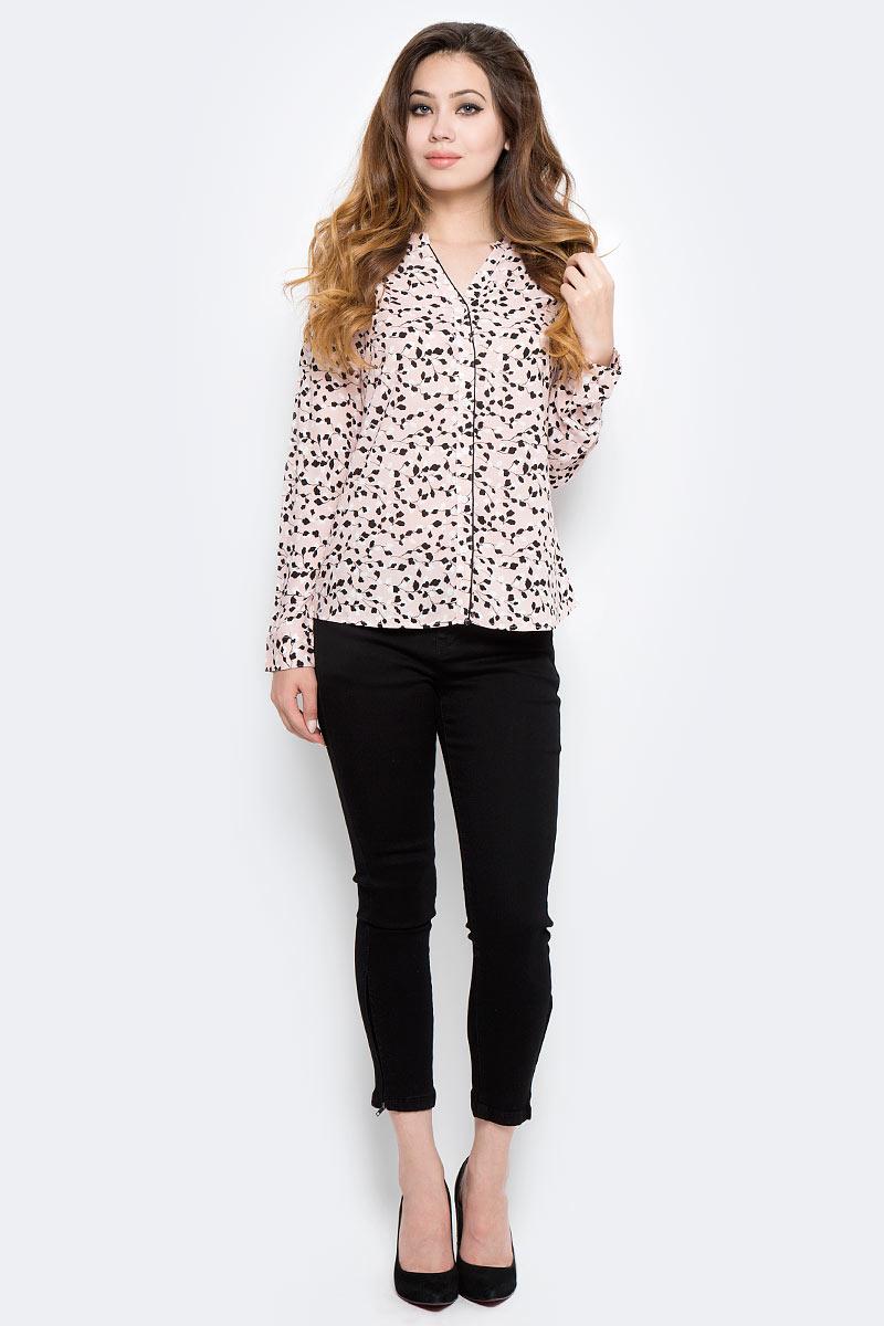 Блузка женская Sela, цвет: розовый, черный. B-112/1307-7320. Размер 48B-112/1307-7320Стильная женская блузка от Sela выполнена из высококачественного материала. Модель с V-образным вырезом горловины и длинными рукавами застегивается на пуговицы.