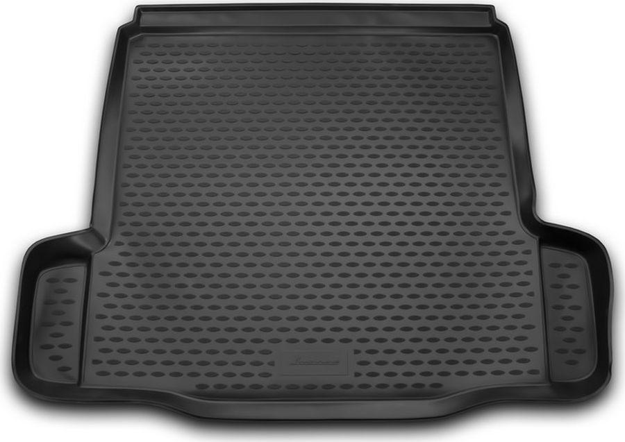Коврик автомобильный Novline-Autofamily для Chevrolet Cruze седан 08/2009-2014, в багажник, цвет: черныйNLC.08.13.B10Автомобильный коврик Novline-Autofamily, изготовленный из полиуретана, позволит вам без особых усилий содержать в чистоте багажный отсек вашего авто и при этом перевозить в нем абсолютно любые грузы. Этот модельный коврик идеально подойдет по размерам багажнику вашего автомобиля. Такой автомобильный коврик гарантированно защитит багажник от грязи, мусора и пыли, которые постоянно скапливаются в этом отсеке. А кроме того, поддон не пропускает влагу. Все это надолго убережет важную часть кузова от износа.Мыть коврик для багажника можно любыми чистящими средствами или просто водой. При этом много времени у вас уборка не отнимет, ведь полиуретан устойчив к загрязнениям.Если вам приходится перевозить в багажнике тяжелые грузы, за сохранность коврика можете не беспокоиться. Он сделан из прочного материала, который не деформируется при механических нагрузках и устойчив даже к экстремальным температурам. А кроме того, коврик для багажника надежно фиксируется и не сдвигается во время поездки, что является дополнительной гарантией сохранности вашего багажа.Коврик имеет форму и размеры, соответствующие модели данного автомобиля.