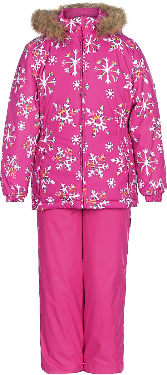 Комплект одежды для девочек Huppa Wonder: куртка, полукомбинезон, цвет: фуксия. 41950030-71663. Размер 11641950030-71663Комплект одежды Huppa Wonder состоит из куртки и полукомбинезона. Куртка оснащена ветрозащитной планкой по всей длине молнии с защитой подбородка и безопасным съемным капюшоном. Полукомбинезон очень практичен: хорошо закрывает грудку и спинку ребенка. Вечерние прогулки в этом костюме будут не только приятными, но и безопасными благодаря светоотражающим элементам на куртке и полукомбинезоне.