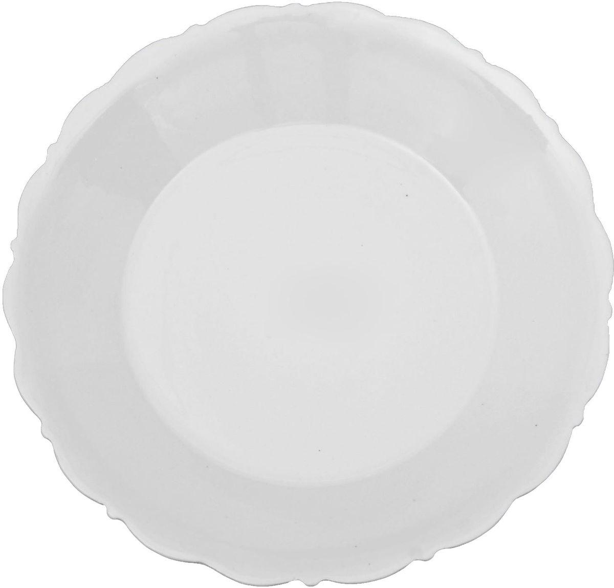 Тарелка Turon Porcelain Классика, диаметр 17,5 см1625428Узбекская посуда известна всему миру уже более тысячи лет. Ей любовались царские особы, на ней подавали еду шейхам и знатным персонам. Формула глазури передаётся из поколения в поколение. По сей день качественные изделия продолжают восхищать своей идеальной формой.Данный предмет подойдёт для повседневной и праздничной сервировки. Дополните стол текстилем и салфетками в тон, чтобы получить элегантное убранство с яркими акцентами.