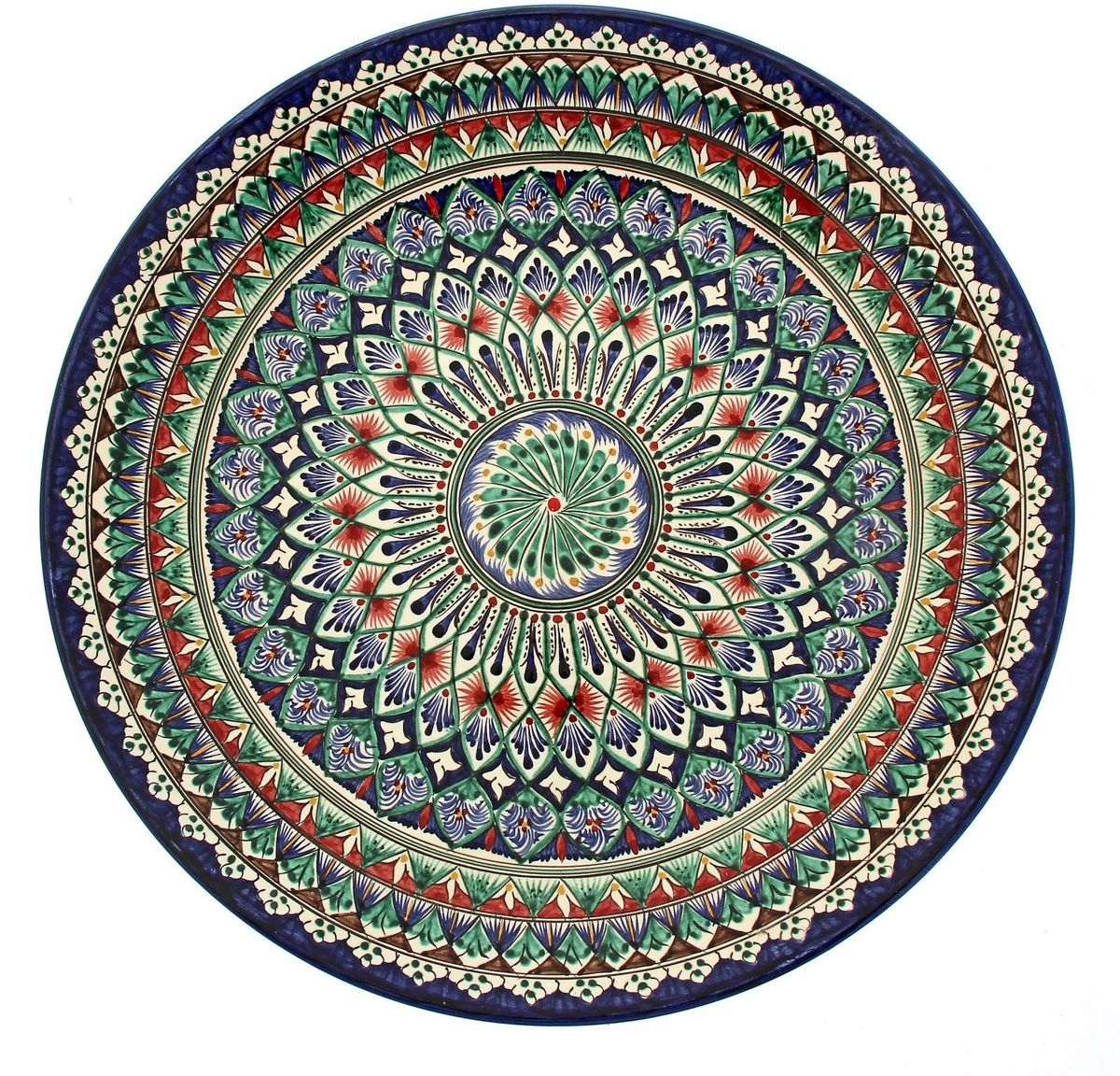 Ляган Риштанская керамика, диаметр 41 см. 19234771923477Ляган — это не просто обеденный атрибут, это украшение стола. Посуда с национальной росписью станет отменным подарком для ценителей высокородной посуды.Риштан — город на востоке Узбекистана, один из древнейших в Ферганской долине. С давних времён Риштан славится своим гончарным искусством изготовления цветной керамики. Красноватую глину для изделия добывают в самом городе. Мастера утверждают, что их глина настолько высокого качества, что даже не нуждается в предварительной обработке. Дополните коллекцию кухонных аксессуаров пряными восточными нотами.