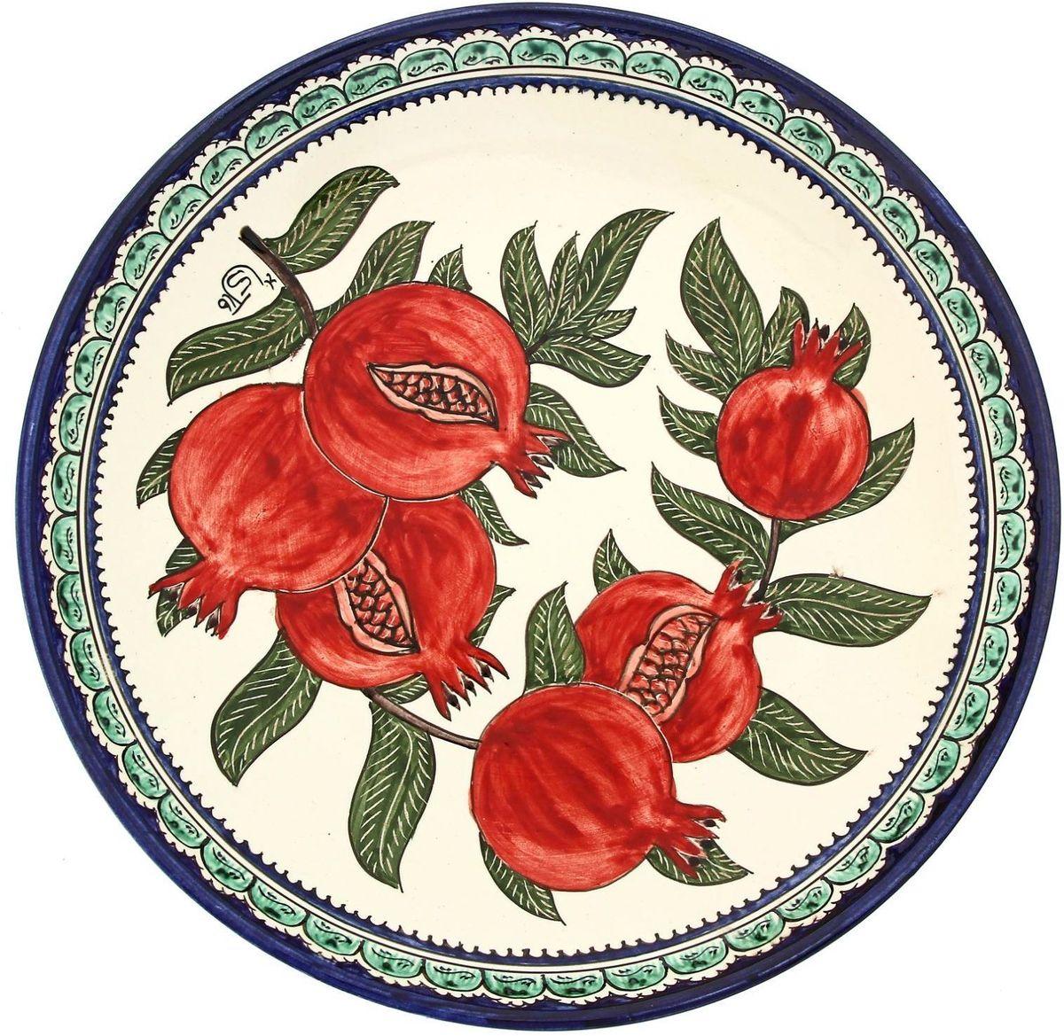 Ляган Риштанская керамика Гранат, диаметр 31 см. 19242121924212Ляган — это не просто обеденный атрибут, это украшение стола. Посуда с национальной росписью станет отменным подарком для ценителей высокородной посуды.Риштан — город на востоке Узбекистана, один из древнейших в Ферганской долине. С давних времён Риштан славится своим гончарным искусством изготовления цветной керамики. Красноватую глину для изделия добывают в самом городе. Мастера утверждают, что их глина настолько высокого качества, что даже не нуждается в предварительной обработке. Дополните коллекцию кухонных аксессуаров пряными восточными нотами.