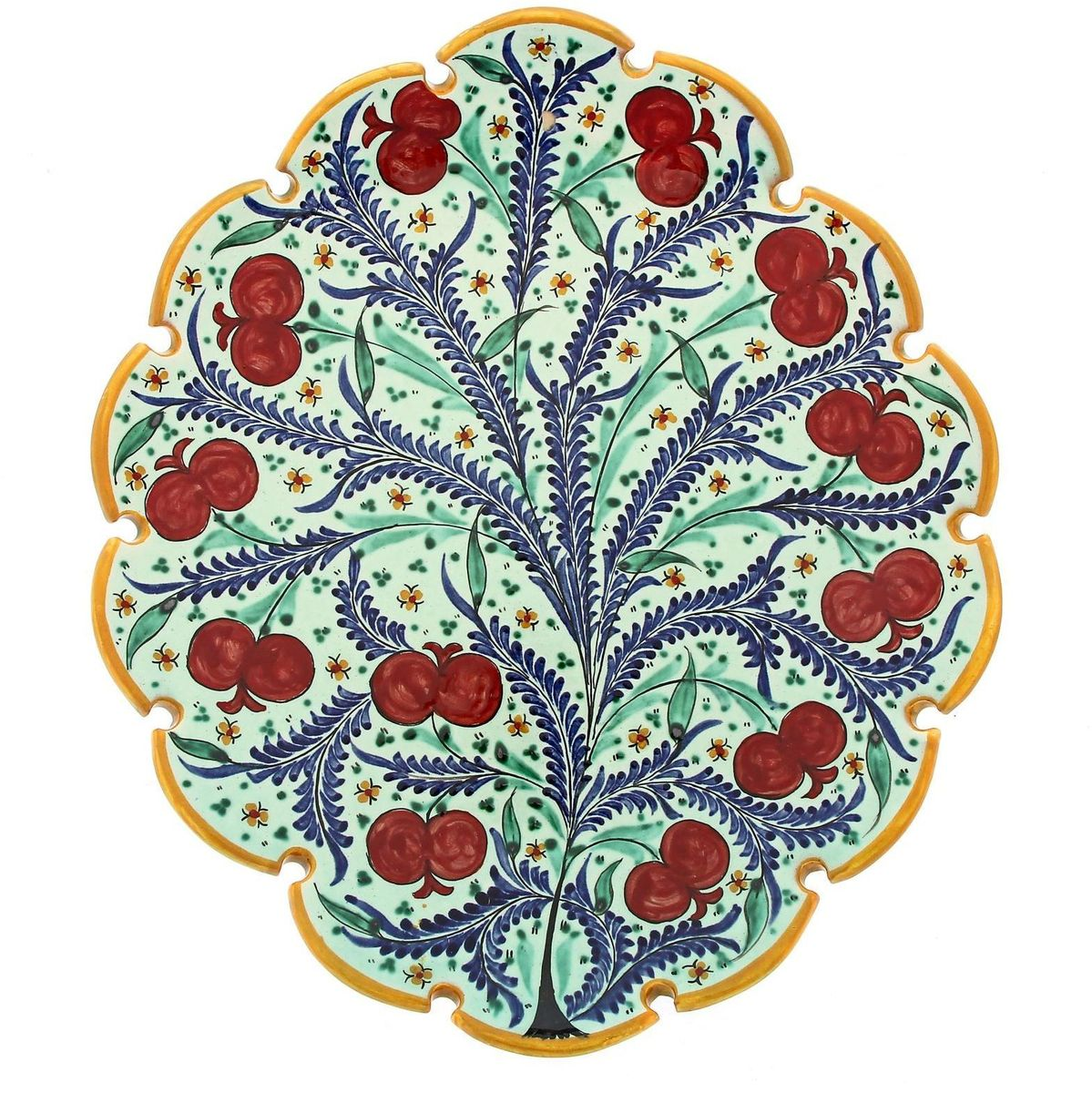 Ляган Риштанская керамика Ягоды, диаметр 31 см1924243Ляган — это не просто обеденный атрибут, это украшение стола. Посуда с национальной росписью станет отменным подарком для ценителей высокородной посуды.Риштан — город на востоке Узбекистана, один из древнейших в Ферганской долине. С давних времён Риштан славится своим гончарным искусством изготовления цветной керамики. Красноватую глину для изделия добывают в самом городе. Мастера утверждают, что их глина настолько высокого качества, что даже не нуждается в предварительной обработке. Дополните коллекцию кухонных аксессуаров пряными восточными нотами.