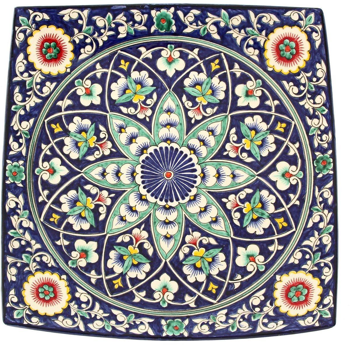 Ляган Риштанская керамика, диаметр 41 см. 19242501924250Ляган — это не просто обеденный атрибут, это украшение стола. Посуда с национальной росписью станет отменным подарком для ценителей высокородной посуды.Риштан — город на востоке Узбекистана, один из древнейших в Ферганской долине. С давних времён Риштан славится своим гончарным искусством изготовления цветной керамики. Красноватую глину для изделия добывают в самом городе. Мастера утверждают, что их глина настолько высокого качества, что даже не нуждается в предварительной обработке. Дополните коллекцию кухонных аксессуаров пряными восточными нотами.