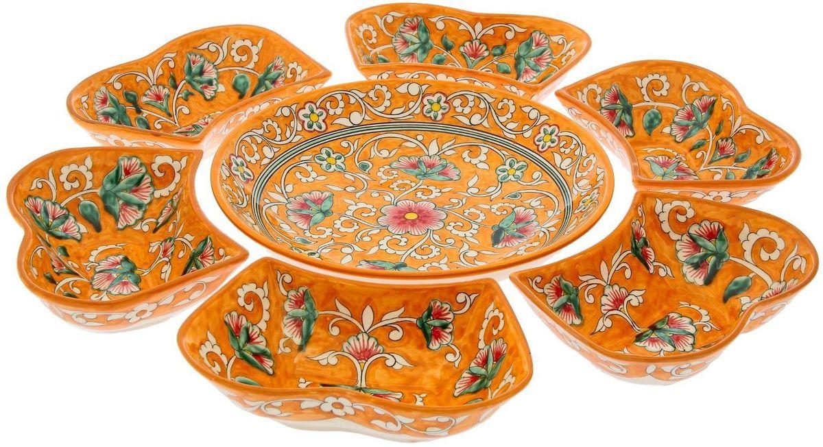 Набор салатников Риштанская керамика, цвет: оранжевый, 7 предметов1924256Салатный набор «Риштанские мотивы», 7 предметов, салатница 24 см, салатники (6 шт.) — это не просто обеденный атрибут, это украшение стола. Посуда с национальной росписью станет отменным подарком для ценителей высокородной посуды.Риштан — город на востоке Узбекистана, один из древнейших в Ферганской долине. С давних времён Риштан славится своим гончарным искусством изготовления цветной керамики. Красноватую глину для изделия добывают в самом городе. Мастера утверждают, что их глина настолько высокого качества, что даже не нуждается в предварительной обработке. Дополните коллекцию кухонных аксессуаров пряными восточными нотами.Объём салатниц: 0,4 л и 0,3 л. Размер (В х Ш): 5 х 24 см.