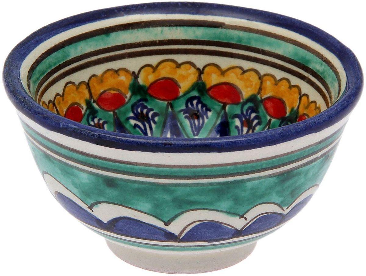 Пиала Риштанская керамика, 100 мл2138713Узбекская посуда известна всему миру уже более тысячи лет. Ей любовались царские особы, на ней подавали еду шейхам и знатным персонам. Формула глазури передаётся из поколения в поколение. По сей день качественные изделия продолжают восхищать своей идеальной формой.Данный предмет подойдёт для повседневной и праздничной сервировки. Дополните стол текстилем и салфетками в тон, чтобы получить элегантное убранство с яркими акцентами.