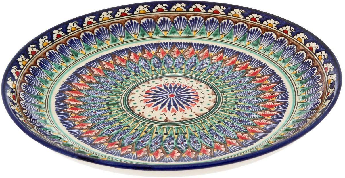Ляган Риштанская керамика, диаметр 31 см. 23005002300500Ляган — это не просто обеденный атрибут, это украшение стола. Посуда с национальной росписью станет отменным подарком для ценителей высокородной посуды.Риштан — город на востоке Узбекистана, один из древнейших в Ферганской долине. С давних времён Риштан славится своим гончарным искусством изготовления цветной керамики. Красноватую глину для изделия добывают в самом городе. Мастера утверждают, что их глина настолько высокого качества, что даже не нуждается в предварительной обработке. Дополните коллекцию кухонных аксессуаров пряными восточными нотами.