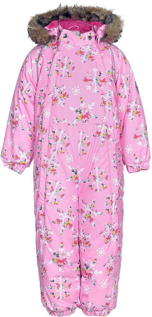 Комбинезон утепленный для девочки Huppa Keira, цвет: розовый. 31920030-71613. Размер 9231920030-71613Комбинезон утепленный детский Huppa Keira изготовлен из полиэстера. Комбинезон с капюшоном и воротником-стойкой застегивается на пластиковую молнию. Капюшон пристегивается к комбинезону при помощи кнопок. На рукавах имеются эластичные манжеты. Манжеты с отворотом у размеров 68-80. Комбинезон оснащен светоотражающими элементами для безопасности ребенка в темное время суток.