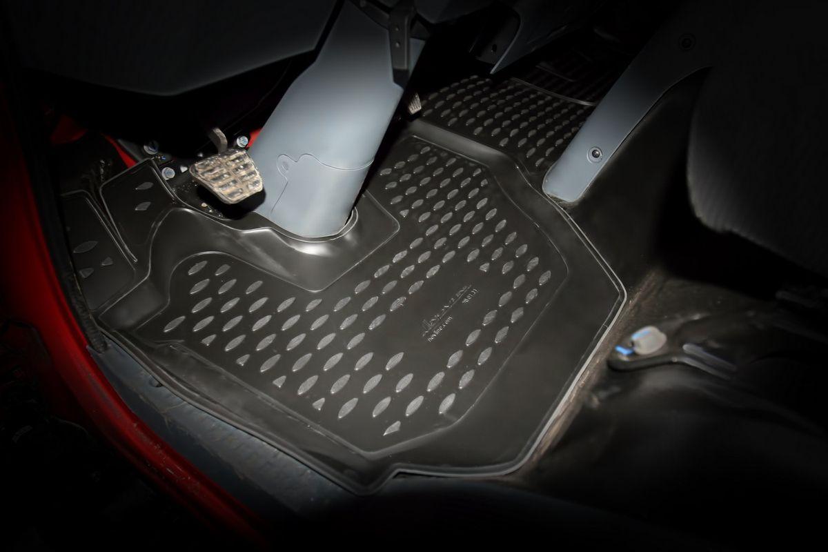 Коврики в салон автомобиля Novline-Autofamily, для Naveco C-300, C-300L, 2014->, 2 штNLC.98.01.210Качественный продукт, новый полимерный материал, антискользящий рельеф, идеальная форма, гигиенические сертификаты. Надежные коврики для вашего автомобиля.