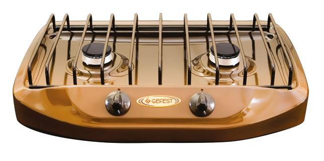 Gefest 700-02, Brown плита газовая настольнаяПГ 700-02Настольная газовая плита Gefest 700-02 оснащена варочной поверхностью с 2 конфорками. Корпус имеет эмалированное термостойкое покрытие. Мощность пламени регулируется при помощи поворотных переключателей. Имеется фиксированное положение малое пламя. Ножки регулируются.Мощность конфорок: 1,7 кВт. Заводская настройка на газ: 30 мбар.