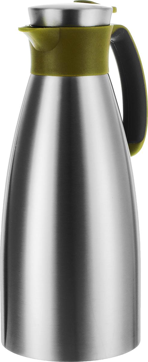 Термос-чайник Emsa Soft Grip, цвет: оливковый, стальной, 1,5 л514502Термос-чайник Emsa Soft Grip позволит насладиться вашим любимым напитком, сохранив его аромат и вкус. Изделие выполнено из нержавеющей стали. Крышка плотно и герметично закрывается, а удобнаяпрорезиненнаяпластиковая ручка гарантирует безопасность во время использования. Чтобы налить напиток, крышку не нужно откручивать каждый раз, она снабжена специальным клапаном, поэтому легко открывается одним нажатием кнопки. Специальный носик обеспечивает удобный разлив напитка по порциям. Такой термос идеален для перерыва на чай или кофе. Высота термоса ( с учетом крышки): 28,3 см. Диаметр (по верхнему краю): 7 см.Диаметр горлышка: 4,5 см.