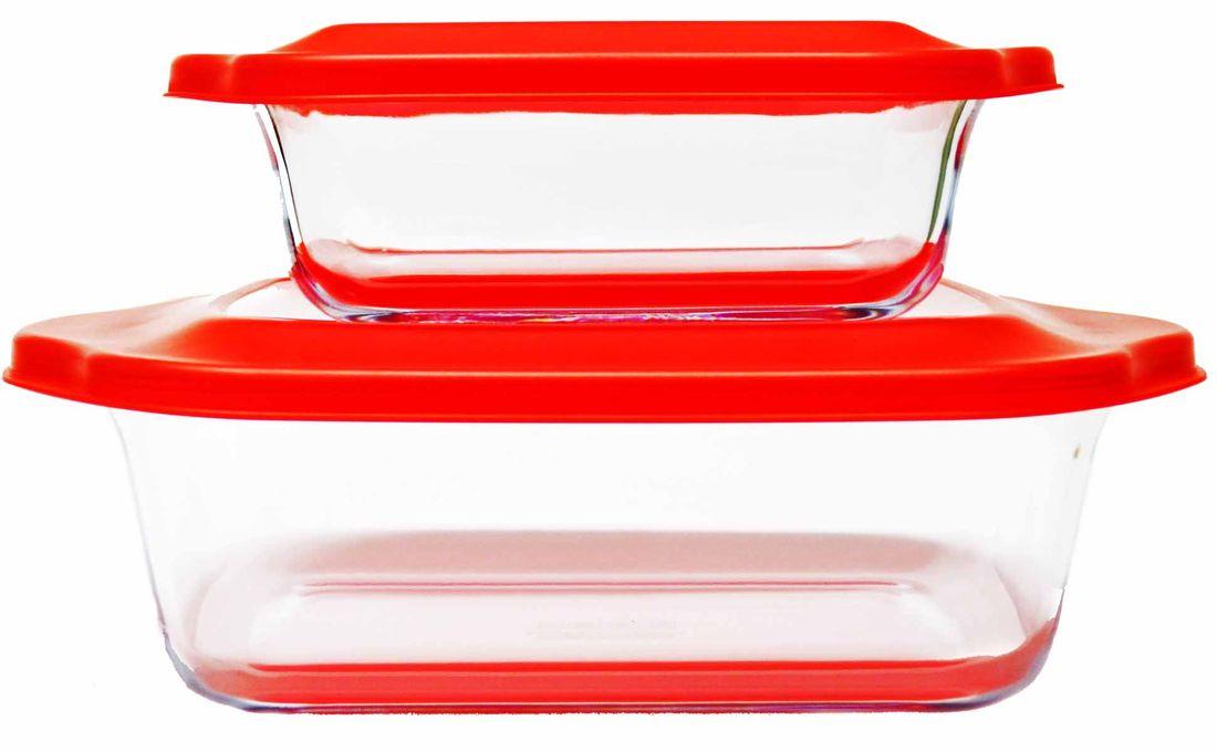 Набор стеклянных форм для запекания Frybest объемом 1,1 л и 2,5 л.  Применение и уход: - стеклянные контейнеры чувствительны к резкому изменению температуры, от термического удара может образоваться трещина;  - боросиликатное стекло - хрупкий материал; будьте с ним аккуратным при мытье, сушке или приготовление в нем пищи;  - не используйте контейнеры в качестве миксерной чаши - многократное перемешивание плотных изделий в контейнере может ослабить или повредить стекло;  - не используйте для мытья абразивные чистящие средства или губки с шершавой поверхностью, которые могут поцарапать поверхность контейнера;  - не ставьте контейнеры на плиту или на открытый огонь; формы не предназначены для этого;  - не переполняйте контейнеры водянистыми продуктами, такими как: рис, овсянка, супы и тушеные продукты - во время охлаждения жидкость в продуктах будет увеличиваться, что может привести к трещинам на контейнере;  - не позволяйте детям пользоваться стеклянным контейнером без присутствия взрослых;  - пожалуйста, снимайте крышку, перед тем как поставить контейнер в духовку или в микроволновую печь;  - не нагревайте контейнер, покрытый алюминиевой фольгой;  - не нагревайте в духовке/микроволновой печи пустой контейнер;  - всегда размораживайте замороженный контейнер пере тем, как поставить его в духовку или микроволновую печь;  - во избежание кожных повреждений/ожогов, пользуйтесь прихватками, когда вынимайте контейнер из духовки/микроволновой печи;  - не используйте влажное полотенце или ткань при перемещении контейнера в духовке;  - не оставляйте раскаленный контейнер на влажных тканях или поверхностях.