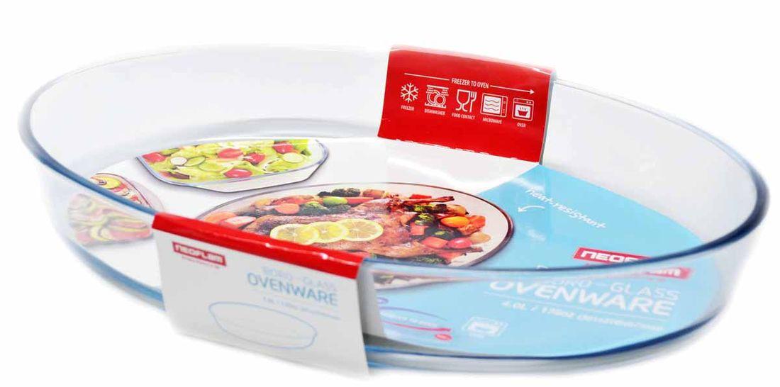 Форма для запекания Frybest, овальная, 39 х 28 х 7 см. BK-BG-040BK-BG-040Стеклянная форма, овальная (39х28х7 см)Форма из боросиликатного стекла – выполнено на основе натуральных материалов. Форма прекрасно подходит для использования как и в духовке, так и в морозильной камере. Температура в духовке не должна превышать 400 С, а в морозилке -40 С. Применение и Уход - Стеклянные контейнеры - чувствительны к резкому изменению температуры, от термического удара может образоваться трещина.- Всегда проверяйте контейнеры перед использованием на наличие повреждений или трещин.- Боросиликатное стекло – хрупкий материал; будьте с ним аккуратным при мытье, сушке или приготовление в нем пищи.- Не использовать контейнеры в качестве миксерной чаши- многократное перемешивание плотных изделий в контейнере может ослабить или повредить стекло.- Не использовать для мытья абразивные чистящие средства или губки с шершавой поверхностью, которые могут поцарапать поверхность контейнера.- Не ставьте контейнеры на плиту или на открытый огонь. Вы рискуйте получить ожоги, а контейнеры просто треснут.- Не переполняйте контейнеры водянистыми продуктами, такими как: рис, овсянка, супы и тушеные продукты. Во время охлаждения, жидкость в продуктах будет увеличиваться, что может привести к трещинам на контейнере.- Не позволяйте детям пользоваться стеклянным контейнером без присутствия взрослых.Как применять в духовке/микроволновой печи и уход - Пожалуйста, снимайте крышку, перед тем как поставить контейнер в духовку или в микроволновую печь.- Не нагревать контейнер, покрытый алюминиевой фальгой.- Не нагревать в духовке/микров.печи пустой контейнер - Всегда размораживайте замороженный контейнер пере тем, как поставить его в печь/микров.печь- Во избежание кожных повреждений/ожогов, пользуйтесь прихватками, когда вынимайте контейнер из духовки/микровол.печи- Не используйте влажное полотенце или ткань, при перемещении контейнера в духовке.- Не оставляйте раскаленный контейнер на влажных тканях или поверх