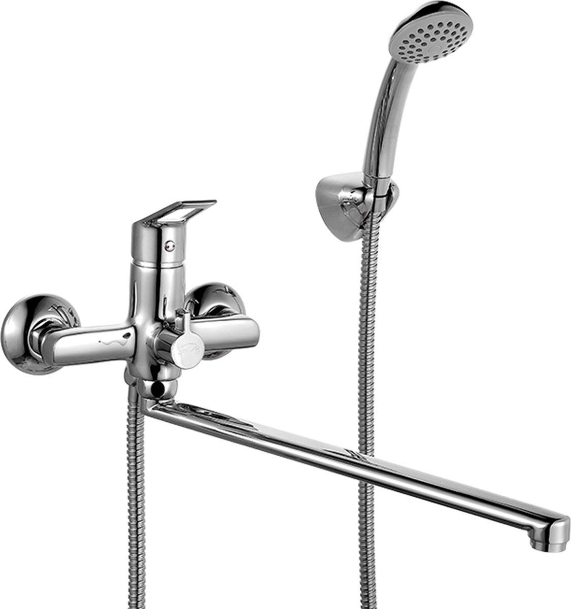 Смеситель для ванны Milardo Amur, с длинным изливом, цвет: хромAMUSBLCM10Смеситель для ванны Milardo Amur изготовлен из высококачественной первичной латуни, прочной, безопасной и стойкой к коррозии. Инновационные технологии литья и обработки латуни, а также увеличенная толщина стенок смесителя обеспечивают его стойкость к перепадам давления и температур. Увеличенное никель-хромовое покрытие полностью соответствует европейским стандартам качества, обеспечивает его стойкость и зеркальный блеск в течение всего срока службы изделия.Благодаря гладкой внутренней поверхности смесителя, рассекателям в водозапорных механизмах и аэратору он имеет минимальный уровень шума. Смеситель оборудован керамическим дивертором, чей сверхнадежный механизм обеспечивает плавное и мягкое переключение с излива на душ, а также непревзойденную надежность при любом давлении воды. В комплект входят лейка и шланг из нержавеющей стали длиной 1,5 м с защитой от перекручивания.Аэратор: съемный пластиковый.Картридж: керамический. Диаметр картриджа: 35 мм.Дивертор: керамический.Длина излива: 40,8 см.