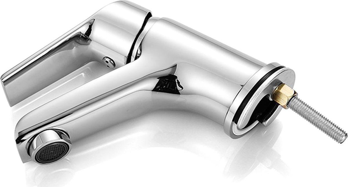 """Смеситель для умывальника Milardo """"Nelson"""" изготовлен из высококачественной первичной латуни, прочной, безопасной и стойкой к коррозии. Инновационные технологии литья и обработки латуни, а также увеличенная толщина стенок смесителя обеспечивают его стойкость к перепадам давления и температур. Никель-хромовое покрытие полностью соответствует европейским стандартам качества, обеспечивает его стойкость и зеркальный блеск в течение всего срока службы изделия. Благодаря гладкой внутренней поверхности смесителя, рассекателям в водозапорных механизмах и аэратору он имеет минимальный уровень шума.Гарантия на смеситель Milardo """"Nelson"""" – 7 лет."""