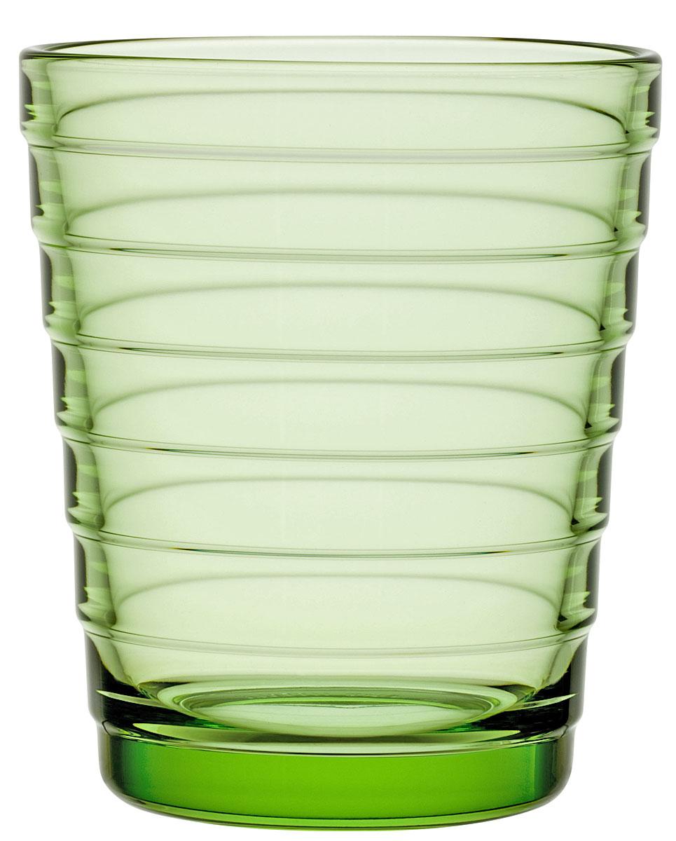 Набор стаканов Iittala Aino Aalto, цвет: зеленый, 220 мл, 2 шт1008616Стаканы Iittala выполнены из высококачественного стекла. Изделия имеют удобную изящную форму, которая позволит им комфортно лежать в вашей руке. Дизайн стаканов будет радовать глаз. Легкий и прочный материал обеспечит сохранность изделия в течение многих лет.