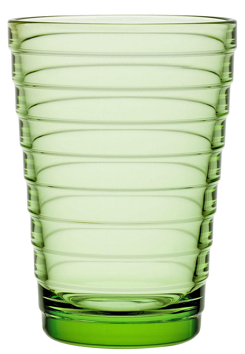 Набор стаканов Iittala Aino Aalto, цвет: зеленый, 330 мл, 2 шт1008618Стаканы Iittala выполнены из высококачественного стекла. Изделия имеют удобную изящную форму, которая позволит им комфортно лежать в вашей руке. Дизайн стаканов будет радовать глаз. Легкий и прочный материал обеспечит сохранность изделия в течение многих лет.