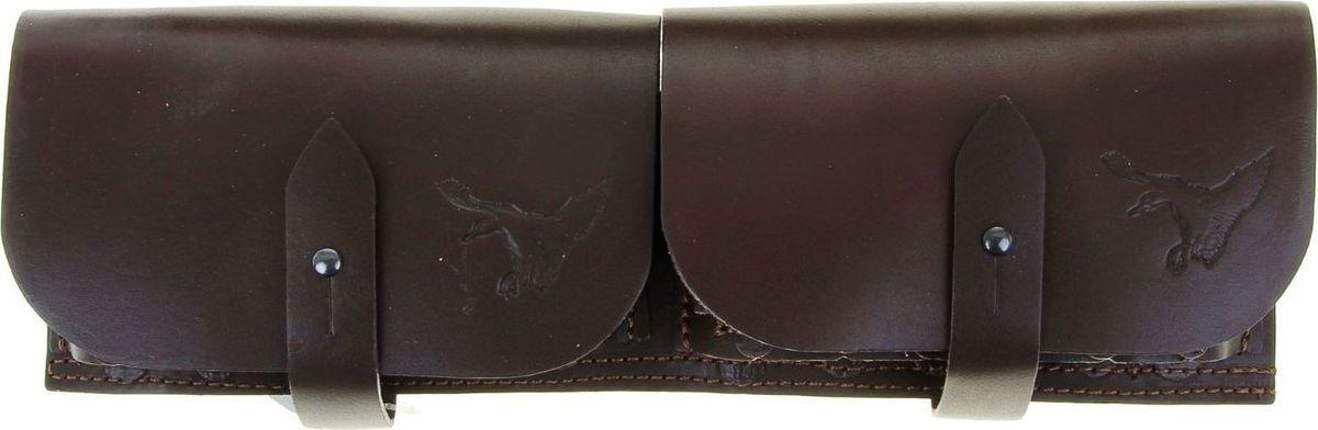 Патронташ-подсумок, сдвоенный, двухрядный, цвет: коричневый, на 24 патрона, 12-16 к. 10784621078462Закрытый патронташ-подсумок на 24 патронов, выполнен из плотной натуральной кожи. Карманы под патроны выполнены из натуральной кожи в классическом стиле, расположенные в 2 ряда и изготавливаются под патроны 12-16 калибра. Патронташ имеет 2 клапана, предохраняющих патроны от внешних воздействий и осадков. Клапан выполнен из натуральной кожи. Надежная фиксация клапана осуществляется с помощью ремешка и металлической пукли. Цвет кожи: черный, коричневый.Производитель оставляет за собой право вносить изменения в конструкцию изделия, не ухудшающие его технические характеристики.