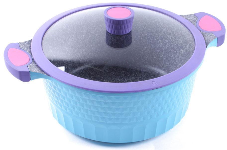 Кастрюля Endever с крышкой, с антипригарным покрытием, 6,9 лAquarelle-284Кастрюля Endever - это высокотехнологичная посуда последнего поколения, изготовленная из чистого литого алюминия с внутренним антипригарным покрытием из 100% натурального гранита. Покрытие с эффектом камня, состоящее из натуральных микрочастиц, позволит раскрыть натуральный аромат пищи без масла и жира. Такое покрытие очень устойчиво к царапинам и механическим повреждениям. Внешняя рифленая поверхность придает кастрюле красивый и оригинальный внешний вид.Крышка из жаропрочного стекла оснащена пароотводом.Ручки кастрюли снабжены силиконовыми вставками, что убережет ваши руки от контакта с высокими температурами.Подходит для использования на всех типах плит. Можно мыть в посудомоечной машине.Диаметр: 28 см.Высота стенки: 12,5 см.