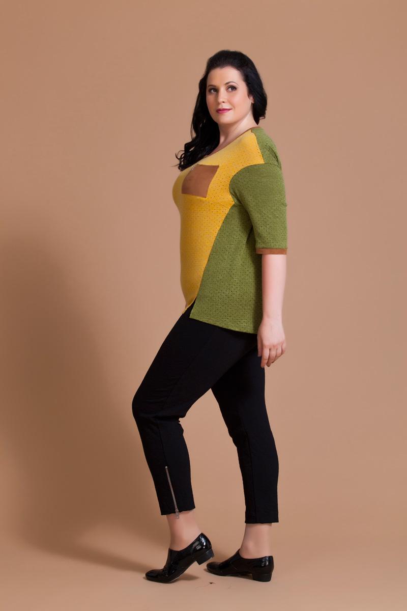 Блузка женская Averi, цвет: оливковый, желтый. 1177. Размер 64 (68)1177Нарядная блузка Averi из ажурного вискозного полотна с люрексом построена на контрастном цветовом сочетании. Модель имеет рукава длины 1/2 и круглый вырез горловины. Заниженная пройма рукава в сочетании с асимметричным низом придает изделию оригинальный вид. В переходящих на перед боковых швах имеются небольшие декоративные разрезы. Манжеты рукавов, планка горловины и нагрудный кармашек выполнены из качественной искусственной замши.