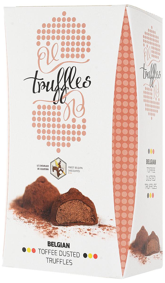 Le Chevalier de Courtrai Трюфель конфеты шоколадные с начинкой со вкусом карамели Toffee, 157 гМС-00008291Шоколадные конфеты Трюфель с начинкой со вкусом карамели. Трюфель из бельгийского шоколада с карамельным кремом, украшенный какао. С 1949 года компания Vandenbulcke Confiserie NV специализируется на производстве шоколадных конфет, морских ракушек, трюфелей, шоколадных плиток и сезонных подарочных изделий.Сегодня компания представлена более чем в 50 странах мира.