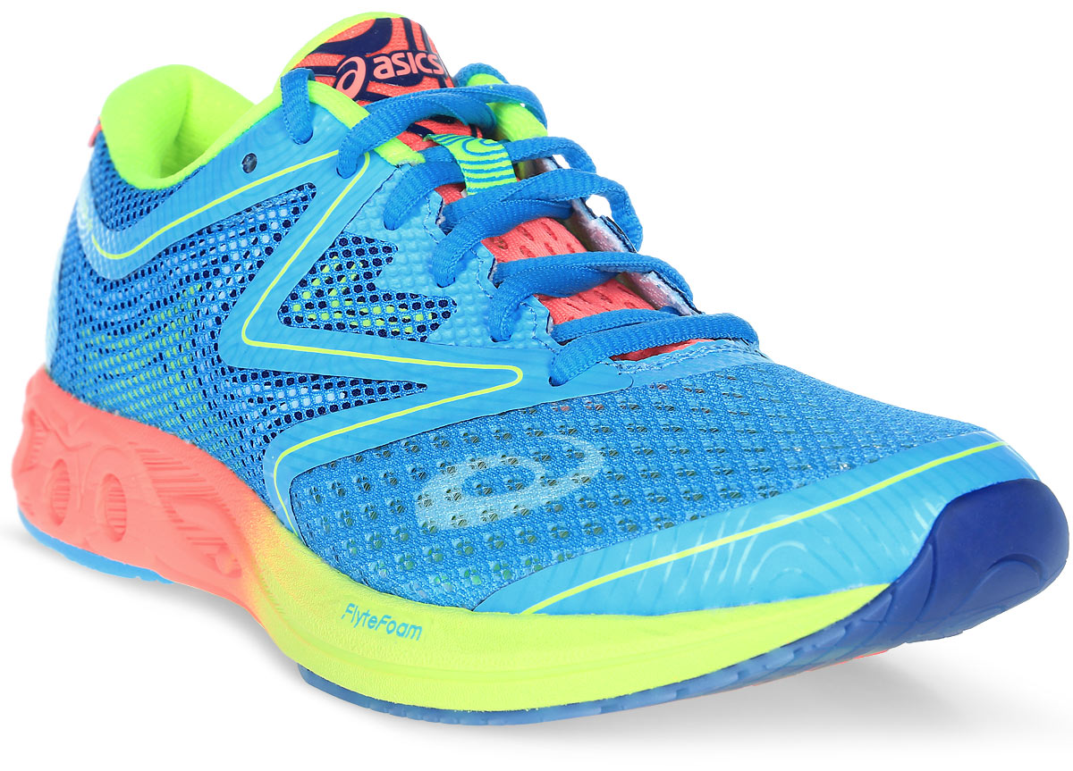 Кроссовки для бега женские Asics Noosa Ff, цвет: голубой. T772N-3906. Размер 9H (40)T772N-3906Революционные, инновационные, современные кроссовки Gel-Noosa Tri 12 получили новое переосмысление с появлением технологии FlyteFoam, которая позволяет создавать легкие и восприимчивые к каждому вашему движению кроссовки. Эти кроссовки просто незаменимы при занятии триатлоном. Отсутствие швов исключает натирание и раздражение кожи, а современный сетчатый материал позволяет носить кроссовки без носков. Здесь выполняются все ключевые требования, которым должны соответствовать кроссовки для бега: новый дизайн демонстрирует оптимальный баланс амортизации и поддержки стопы. Знаменитый амортизатор Gel позволит вам выполнять тренировки максимально интенсивно, ведь он гарантирует лучший контакт с поверхностью, снижая риск травм.