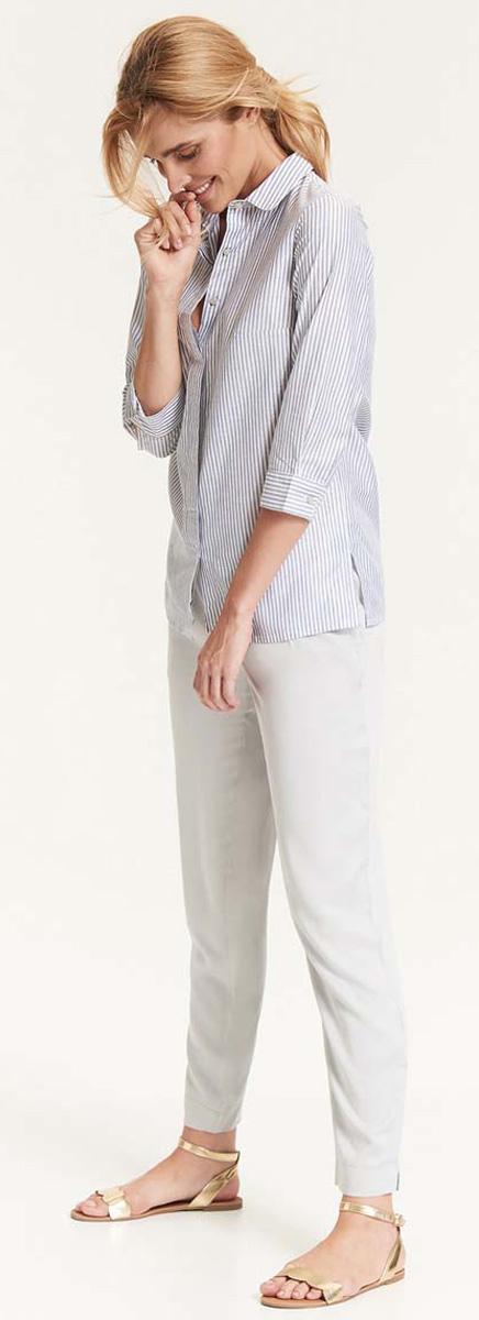 Рубашка женская Top Secret, цвет: серый, белый. SKL2376GR. Размер 34 (42)SKL2376GRСтильная женская рубашка Top Secret выполнена из хлопка с добавлением люрекса. Модель прямого силуэта с разрезами по бокам и отложным воротником застегивается на пуговицы. Низ рукавов дополнен манжетами на пуговицах. Рубашка оформлена узором в полоску.