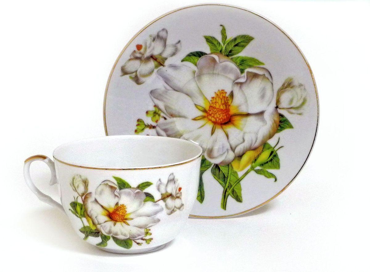 Набор чайный Briswild Белый шиповник, 2 предмета. 545-780545-780Набор чайный Белый шиповник, выполненный из высококачественного фарфора белого цвета.На предметах набора изображены цветы шиповника. Изящный дизайн оформления придется по вкусу и ценителям классики, и тем, кто предпочитает утонченность и изысканность. Такой набор отлично подойдет для красивой сервировки стола.